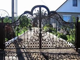 Ворота и калитка кованые люкс